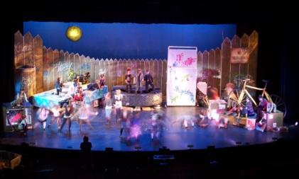 Cats, Bridges Auditorium (2009)